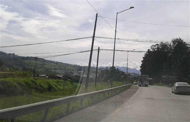 Carretera hacia Volcán Irazú