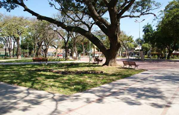 Plaza Cementerio