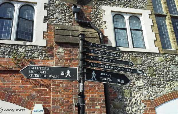 Riverside walk, Salisbury