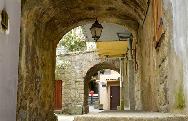 Rue des Voutes