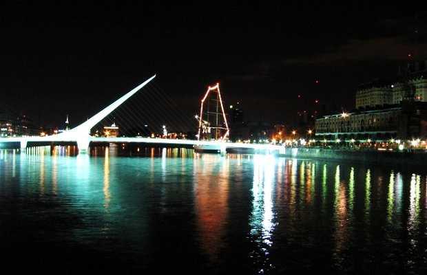 Vista Nocturna de Docks 1 y 2