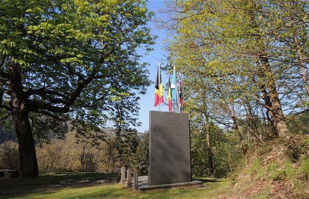 Monumento a la 51 División Escocesa