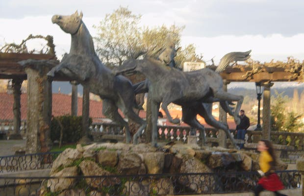Monument to the Wild Horse