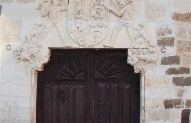 Casa Solariega del Marqués de Valdavia