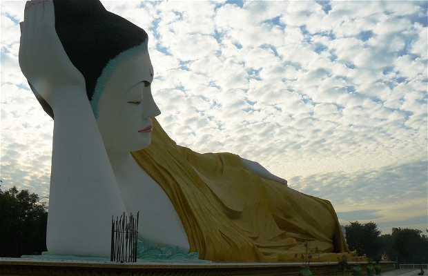 Myathalyaung Buda Reclinada