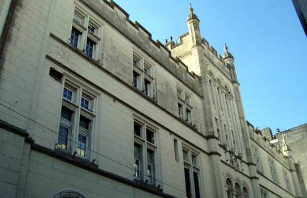 Facultad de Humanidades y Artes de la U.N.R