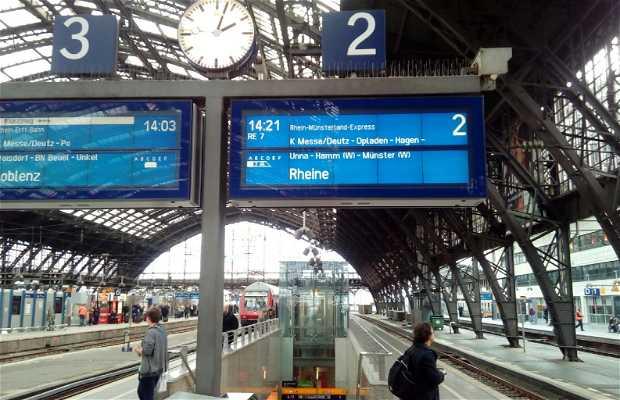 Trainstation central
