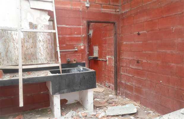 Fabrica Abandonada, Ayangue