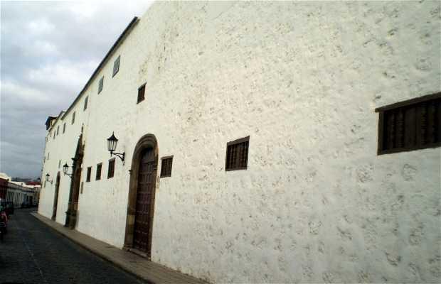 Iglesia y Convento de las Concepcionistas Franciscanas