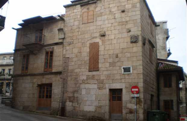 Arines Palace