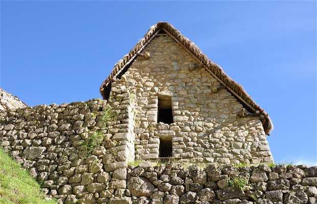 Cabaña del Guardián de la Roca Funeraria