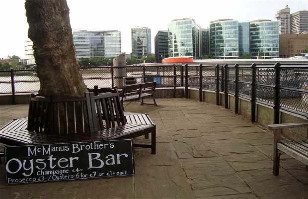Mc Manus Brother's Oyster Bar