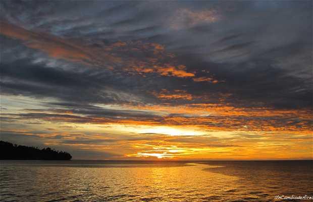 Puesta de sol en Camiguín